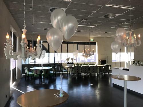 Tafeldecoratie 3ballonnen Penta Collega Hoogvliet
