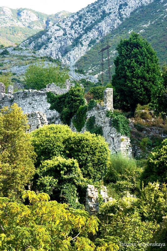 Руины Старого города Бара