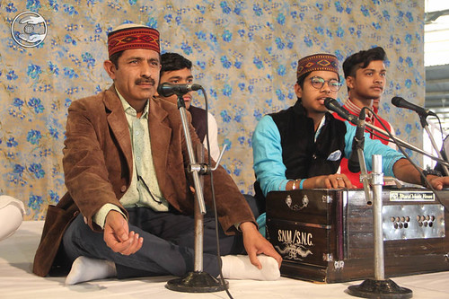 Devotional song by Dogra Bandhu from Gobindpuri, Delhi