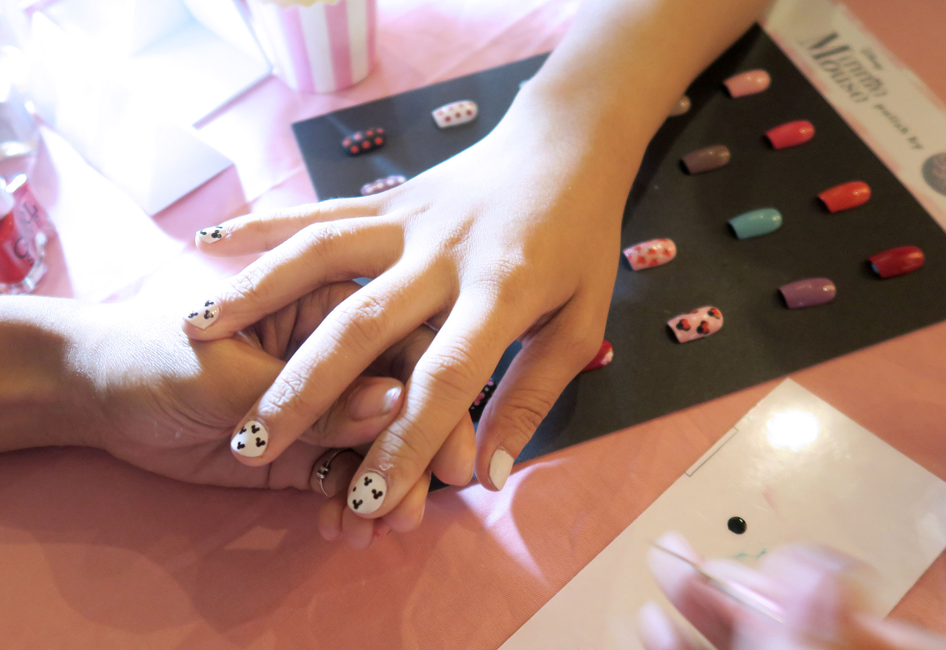 14 Girlstuff Minnie Mouse Nail Lacquers Collection Review Swatches Photos - Gen-zel She Sings Beauty