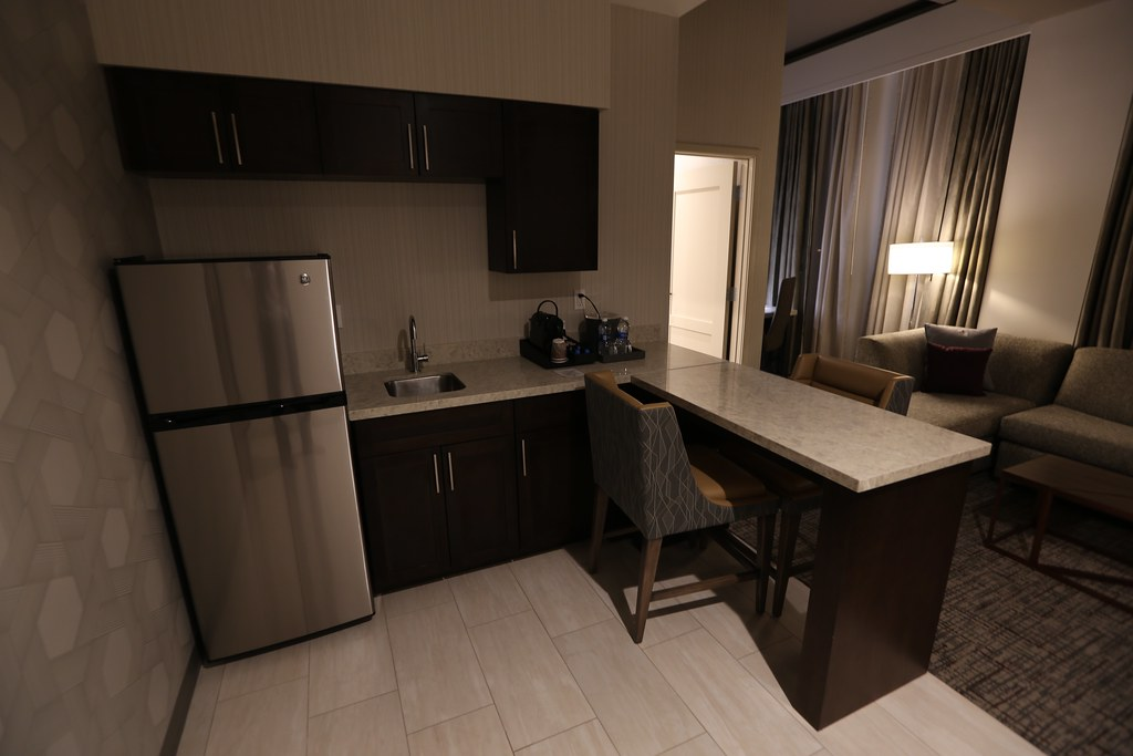Hilton H Hotel LAX 21