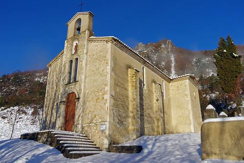 Teyssières (Drôme) : église Saint-Pierre