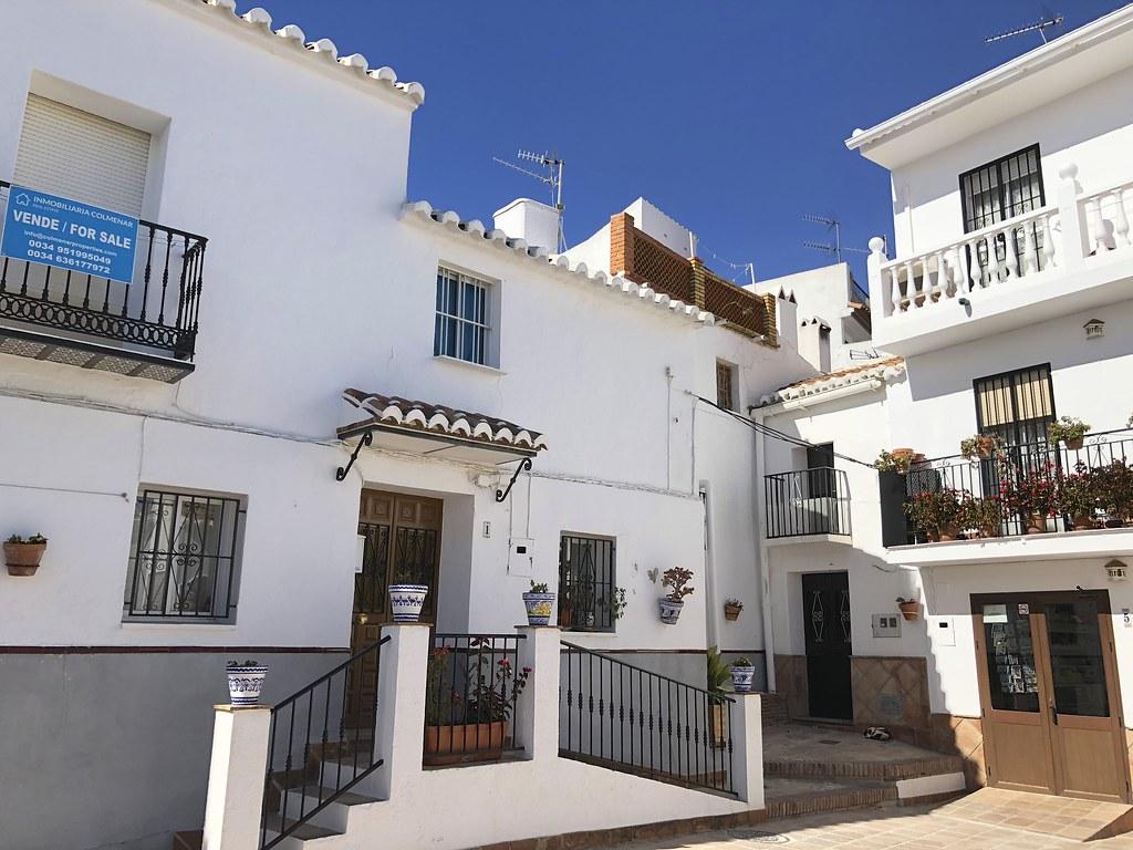 Andalusian Iznajar ja Comares