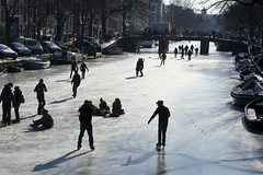 Schaatsen op de Amsterdamse grachten
