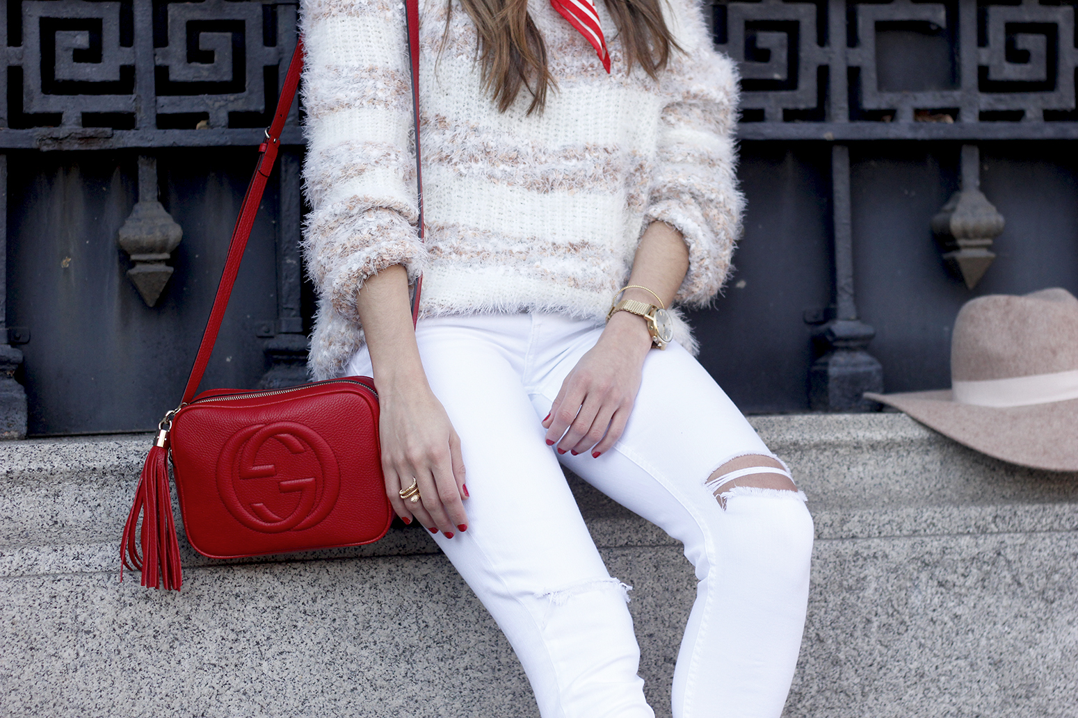 white outfit touch of red gucci bag primark hat winter outfit 201806