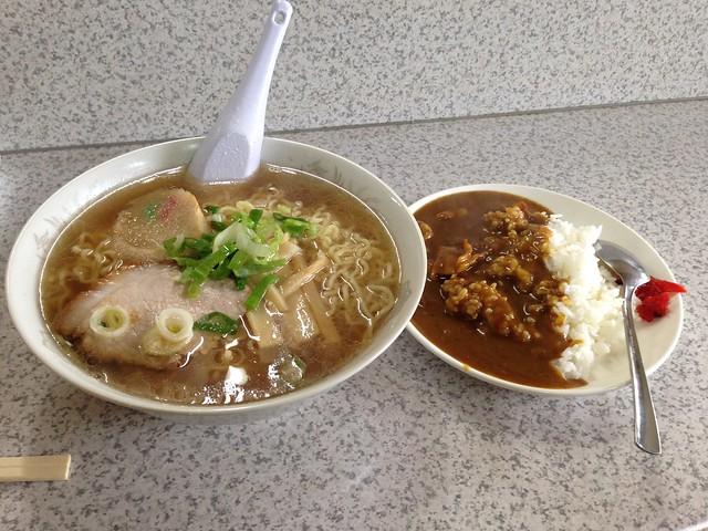 hokkaido-rishiri-island-matsuya-syokudo-ramen-curry-set-01