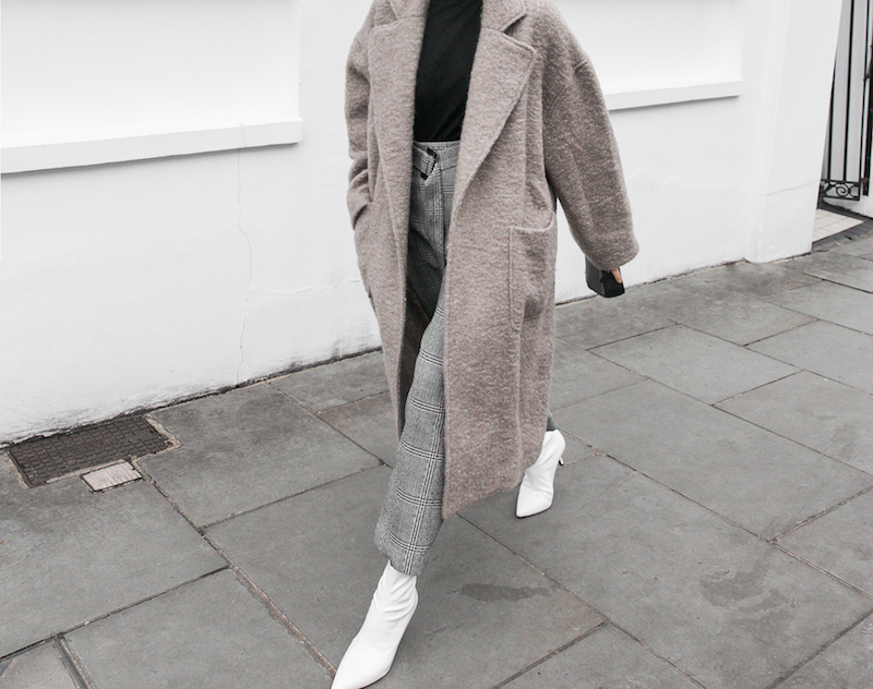 minimal street style winter london white ankle boots balenciaga triangle bag senso raey coat ellery pant turtleneck fashion blogger Instagram (4 of 12)