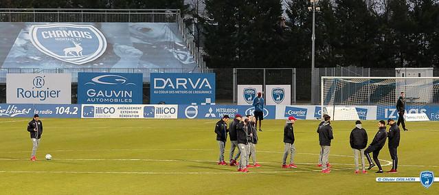 Foot Ligue 2 - Chamois Niortais FC - Nîmes Olympique (23/02/2018)