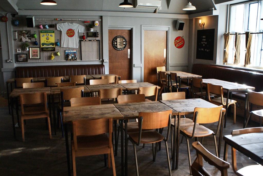 Big Society, un des bars les plus sympas du quartier de Cowley à Oxford.