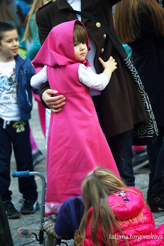 Девочка в костюме Машеньки