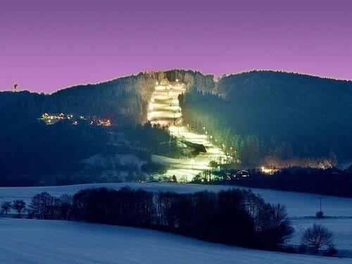 Večerní skipas do skiareálu MONÍNEC s 25 % slevou