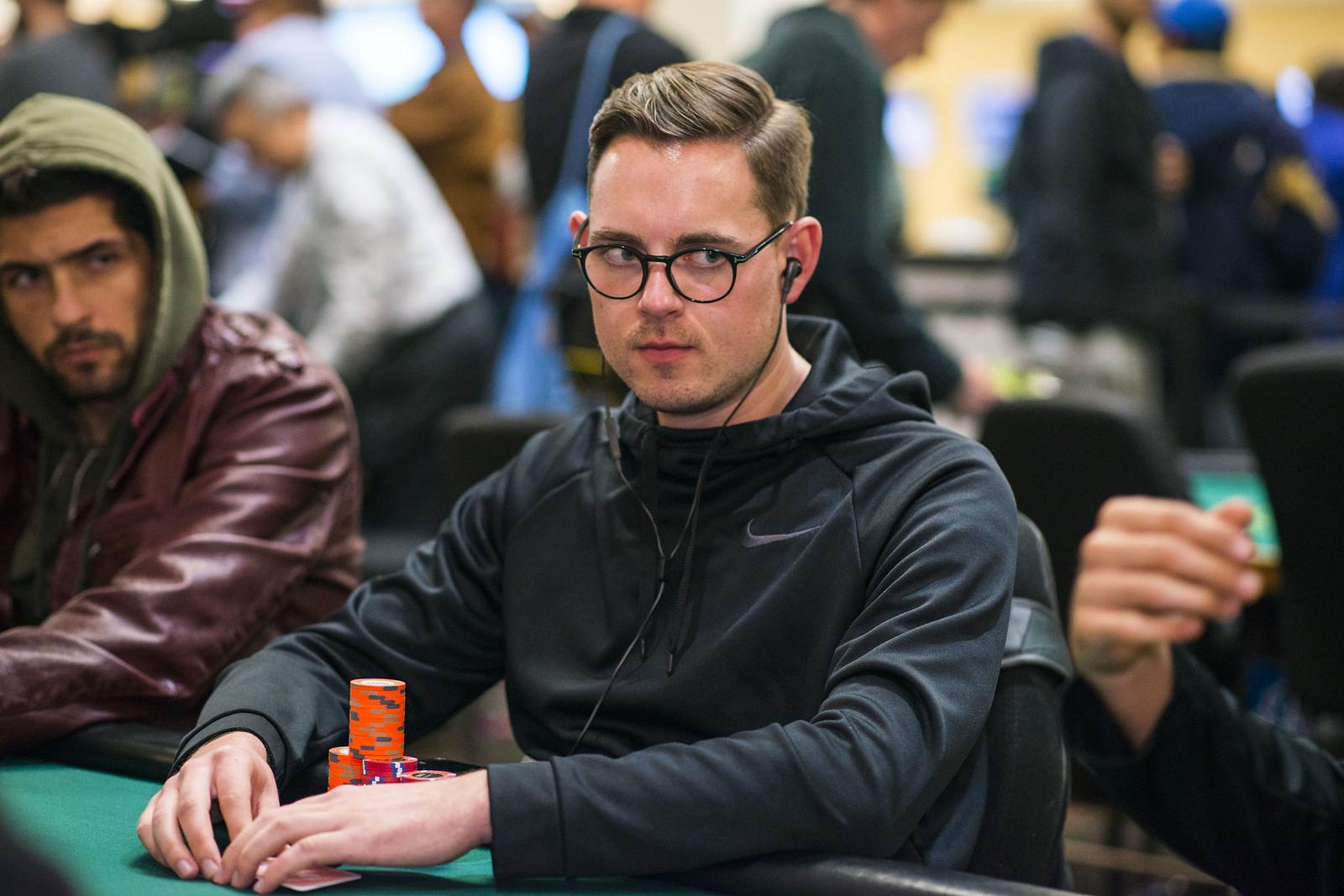 Cara Daftar Idn Poker Tidaklah Sulit Astoragency