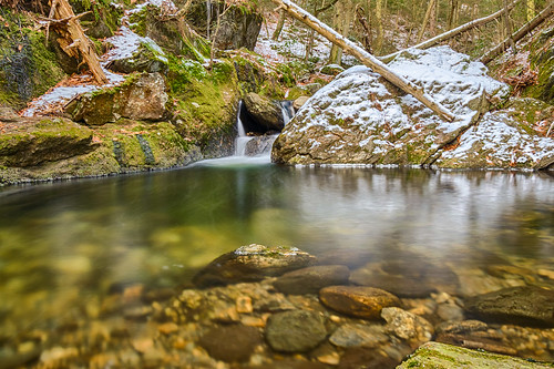 connecticut hdr naugatuckstateforest nikon nikond5300 sprucebrook sprucebrookfalls brook creek forest geotagged longexposure morning park reflection reflections river rocks snow stream tree trees water waterfall winter beaconfalls unitedstates log logs nature