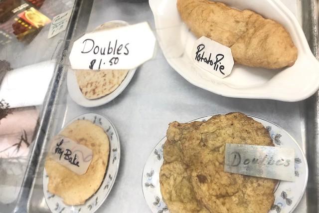 土, 2018-02-24 11:08 - Royal Bakery & Roti House