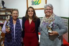 Entrega trofeos IV Campeonato Femenino de Dominó