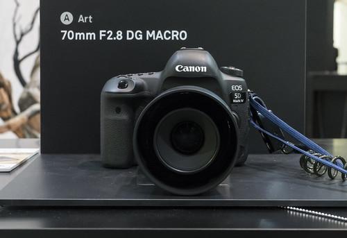 シグマのカミソリマクロ 70mm F2.8  : CP+2018 気になったモノ 4
