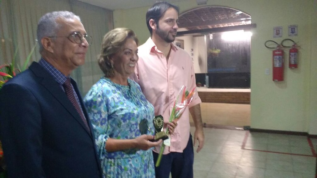 Prefeita de Mossoró recebe do seu filho - Joaquim Pinheiro