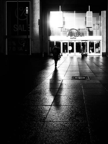 024 reflecting sun