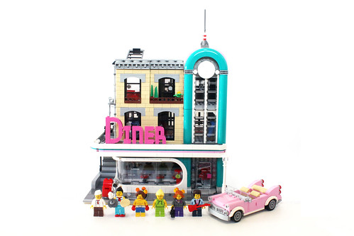 LEGO Creator Downtown Diner (10260)