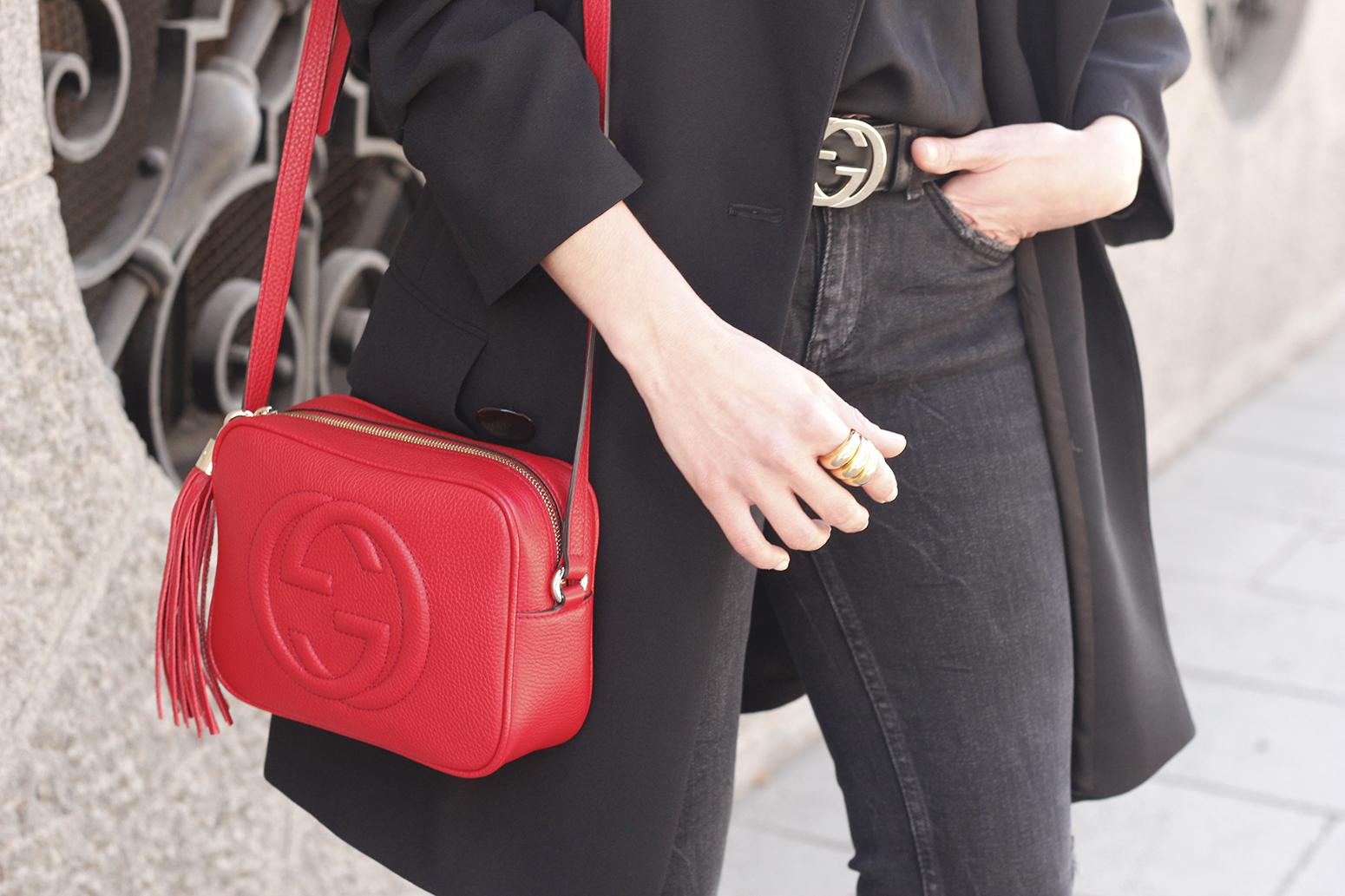 black blazer bicolor boots uterqüe gucci bag gucci belt navy cap style fashion winter outfit17
