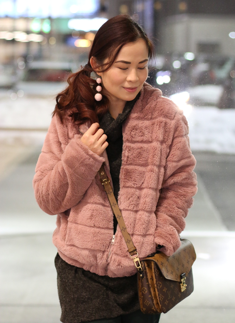 pinkblush-turtleneck-sweater-lv-bag-pink-faux-fur-jacket-4