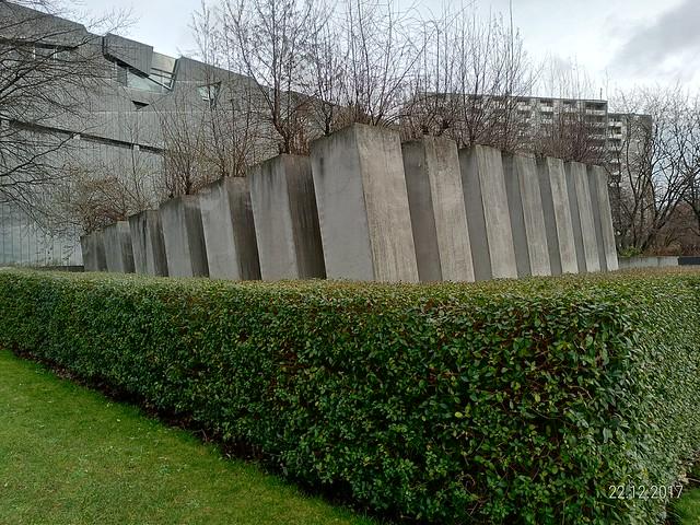 jardim inclinado do Museu Judaico de Berlim