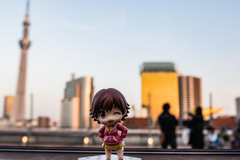 松屋浅草の屋上でねんどろいどを撮影した写真