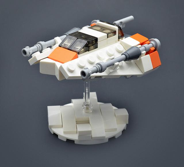Micro LEGO Star Wars Snowspeeder