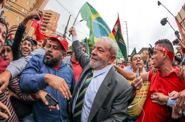 """""""No hay plan B porque sería admitir que se va a perder la batalla"""", dice Celso Amorim"""