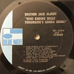 BROTHER JACK MCDUFF:WHO KNOWS WHAT TOMORROW'S GONNA BRING?(LABEL SIDE-A)