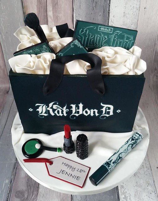 Kat Von D Beauty Themed Cake by Jan's Cakes Hertfordshire