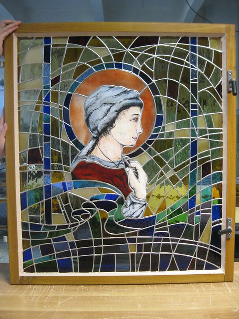 vitráž s malbou