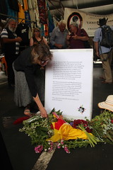 Laying of flowers Queen Vic Markets - Commemoration of Tunnerminnerwait and Maulboyheener - IMG_2821