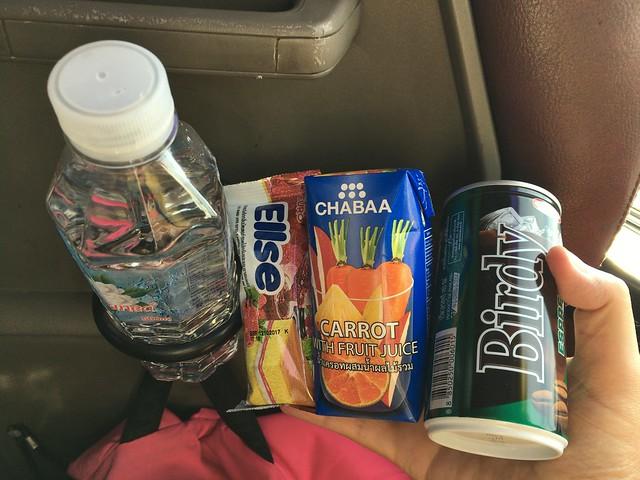 シェムリアップ行きバスの朝食の例