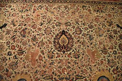 Moghul carpet, Lahore, ca. 1610; Pergamon Museum, Berlin (3)