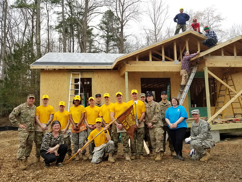 Virginia WOCs partner with Habitat for Humanity for community project