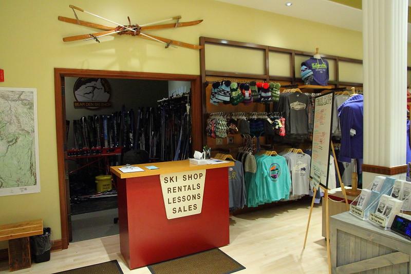 IMG_9521 Ski Shop