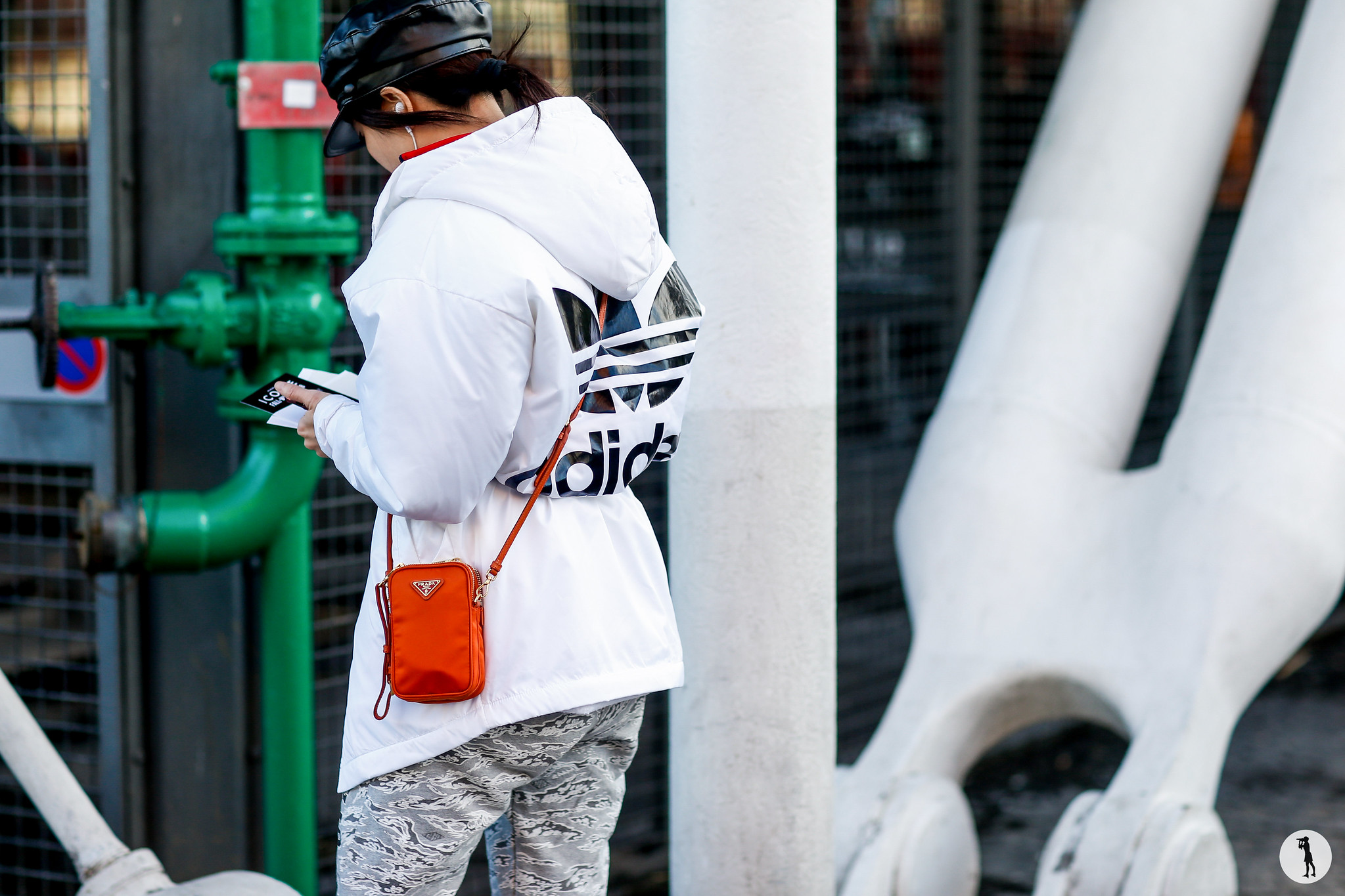 Street style - Paris Fashion Week Menswear FW18-19 (3)