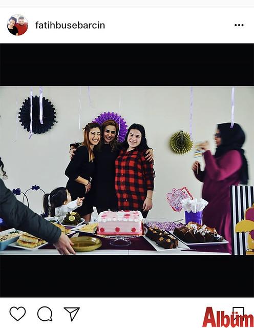 Buse Fatih Barcın, Babyshower etkinliğinden yakın dostları Sevgi Ceylan ve Tuğçe Ceylan'la birlikte bu fotoğrafı paylaştı.