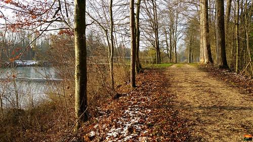 Iller -der Fluss > Illerradweg und Illerwehr  x  Iller the River> Iller resist bicycle-away and Iller