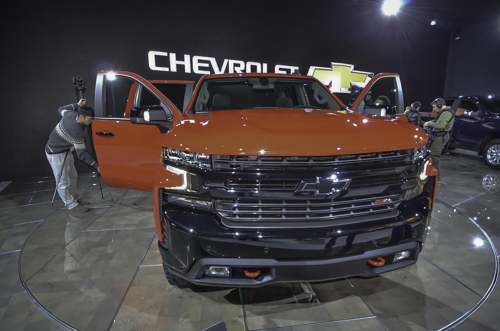 2019 Chevrolet Silverado live photos: 2018 NAIAS