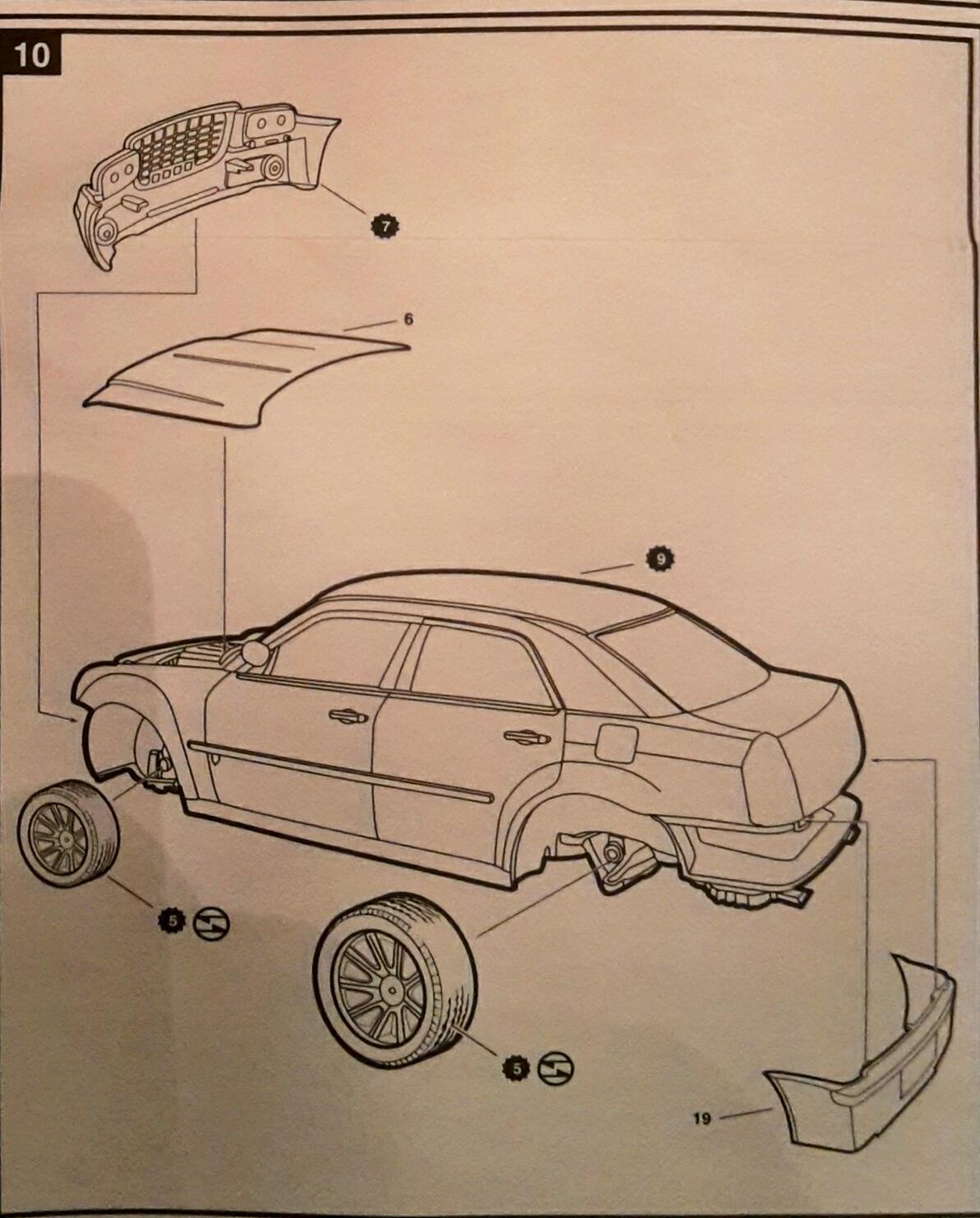 Chrysler 300C - 1/25 - AMT/ERTL 39100713865_6804b1344f_o