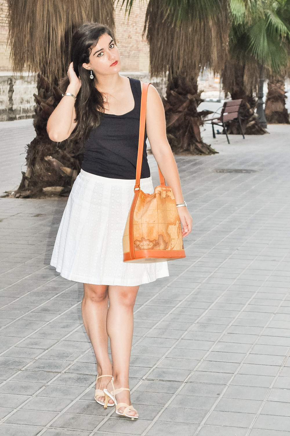 somethingfashionblogger_valencia_spain_firenze_alvieromartini bag map_ootd 4