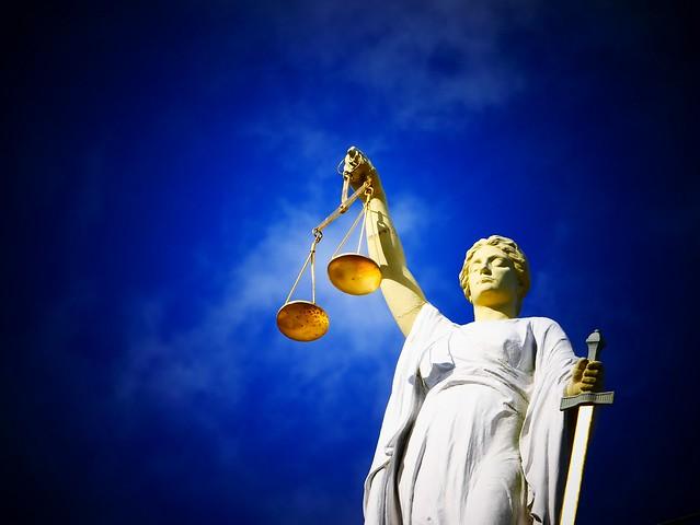 Quem a Justiça representa?