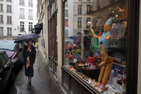 18a20 Rue de Seine Día de lluvia_0031 variante Uti 485