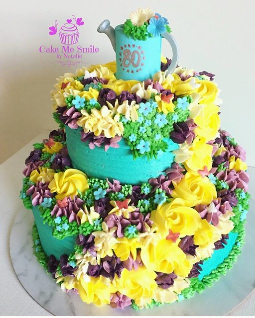 Beautiful Floral Cake by Natalie Baxter of Cake Me Smile by Natalie