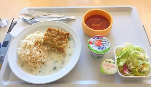 Minestrone + Fish filet Bordelaise with herb sauce & rice / Minestrone + Schlemmerfilet Bordelaise mit Kräutersauce & Reis