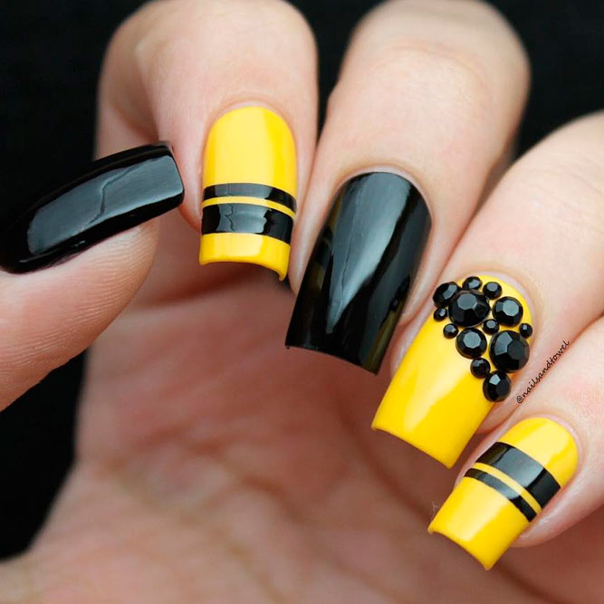 Gorgeous Yellow Nails Designs - 34+ Yellow Nails Designs You'll Love - Nails C