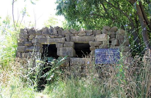 SIERRAS BAYAS: Réplica de la casa de Matilde Catriel