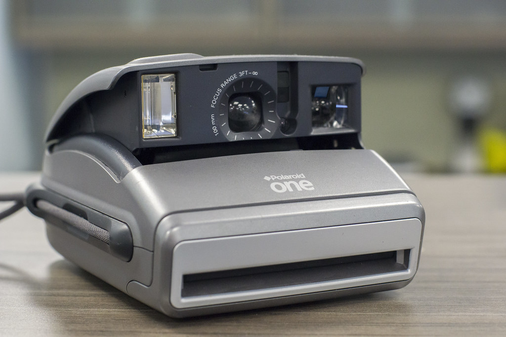 CCR Review 84 - Polaroid One600
